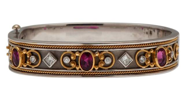 12/4/2016 - Fine Jewelry, Timepieces and Luxury Couture: Live Salesroom Auction