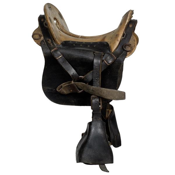 U S  Civil War Enlisted Man's McClellan Saddle   Cowan's