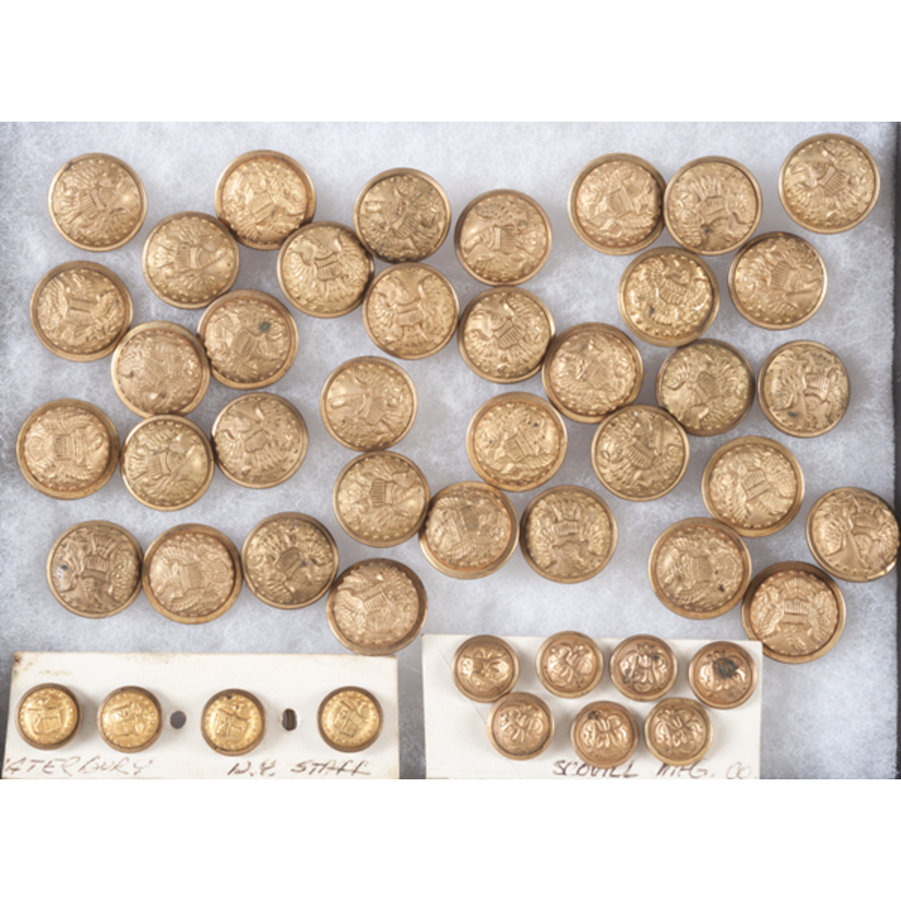 GAR and Civil War Buttons | Cowan's Auction House: The Midwest's