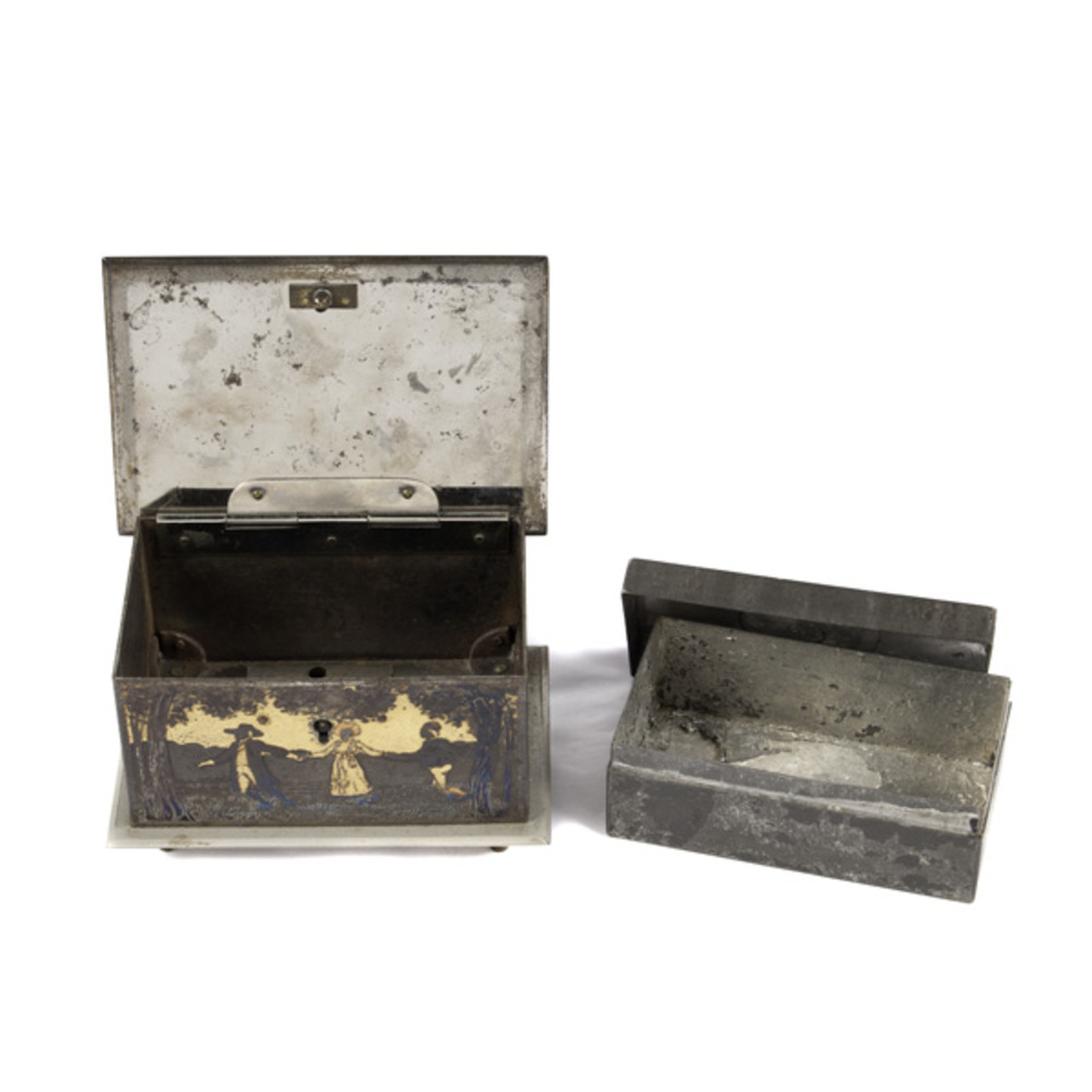 Small Etched Swedish Metal Box Cowan S Auction House
