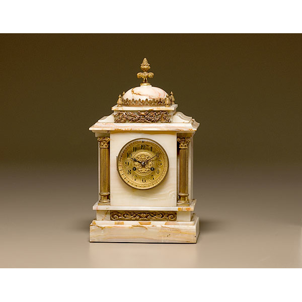 French Onyx Shelf Clock Sold By Bailey Banks Biddle Cowan S Auction House The Midwest S Most Trusted Auction House Antiques Fine Art Art Appraisals