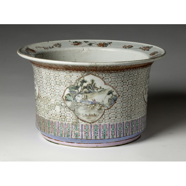 Chinese Famille Rose Planter