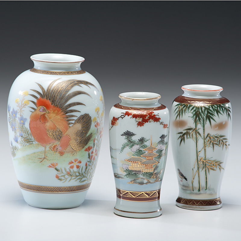Three Japanese Kutani Vases Cowans Auction House The Midwests