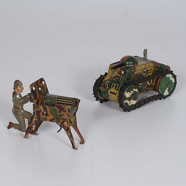 German Made Machine Gunner and Marx Tank