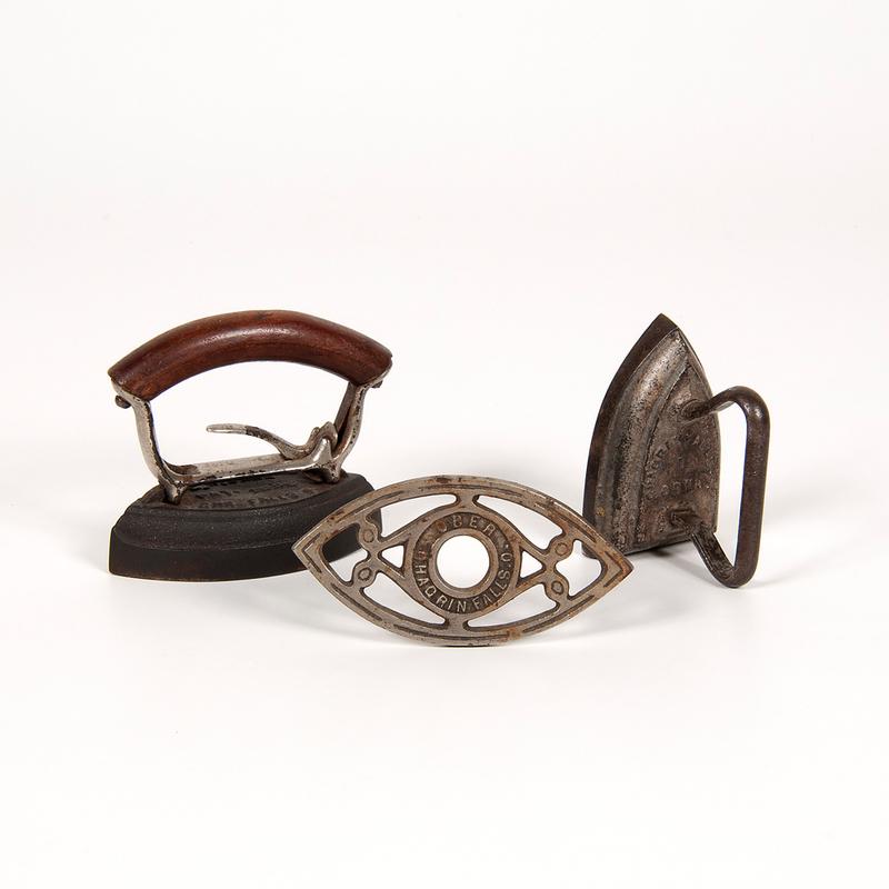 Ober Manufacturing Co. Sad Irons and Trivet