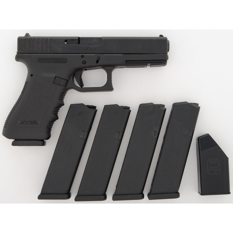 * Glock Model 22 Pistol