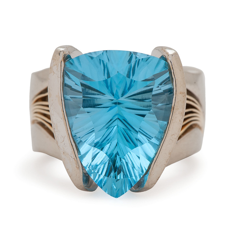 14 Karat White Gold Blue Topaz Ring