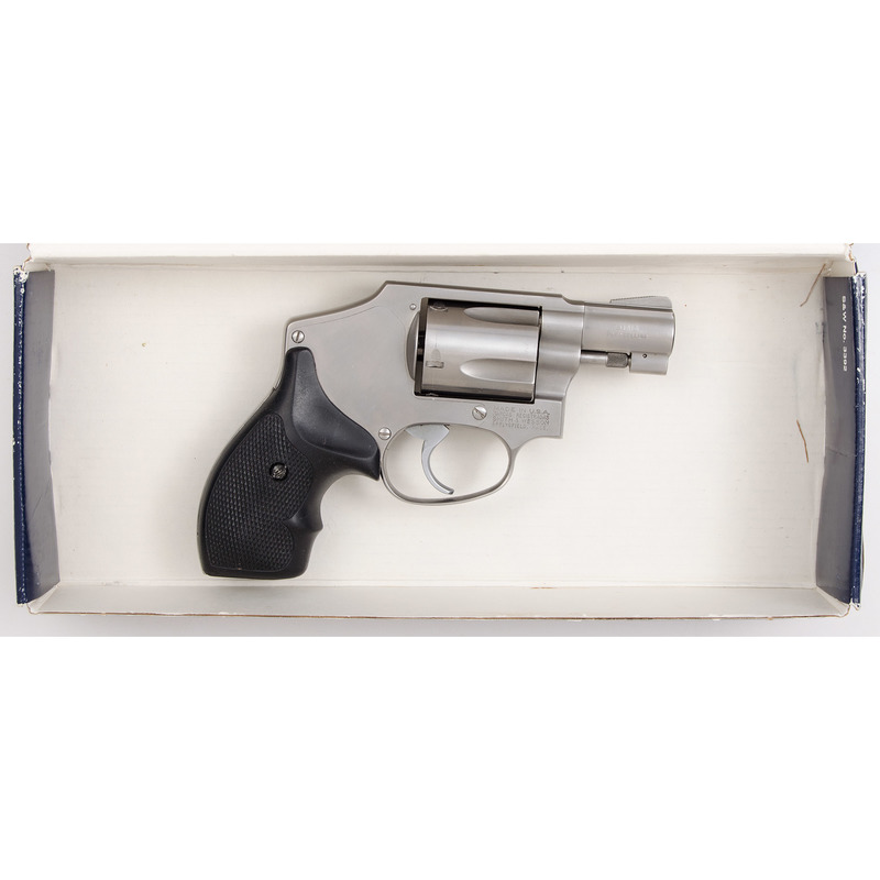 * Smith & Wesson Model 940 in Box