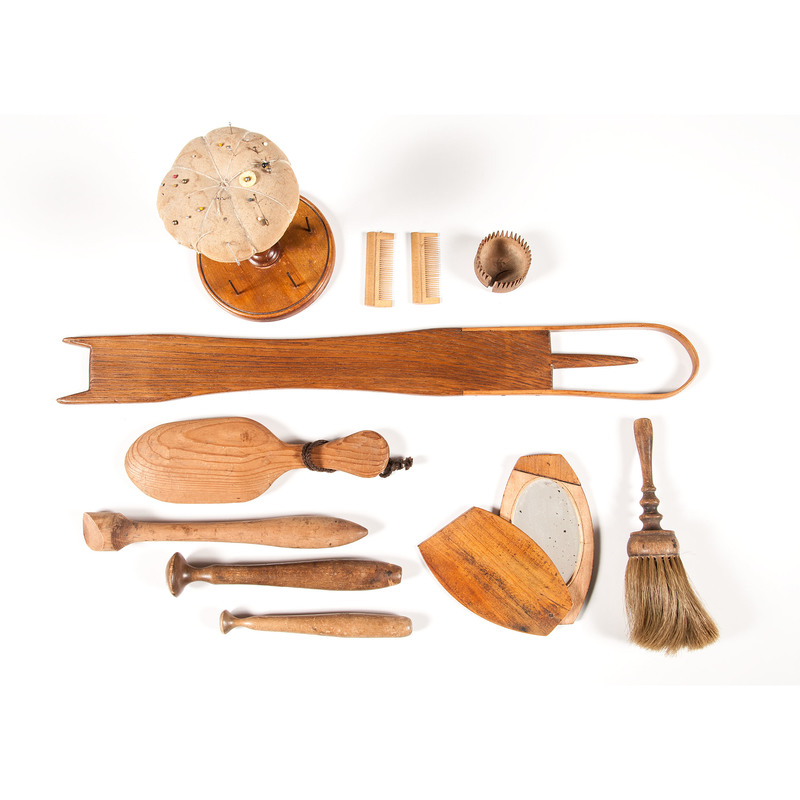 Shaker Items including a Loom Shuttle, Plus