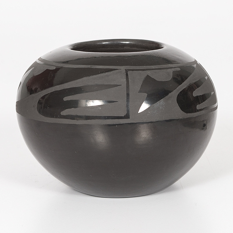 Santana and Adam Martinez (San Ildefonso, 1909 - 2002 / 1903 - 2000) Blackware Pottery Jar
