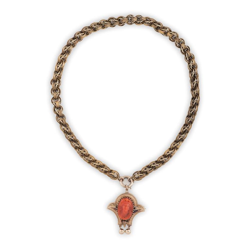 15 Karat Gold Cameo Brooch/Pendant