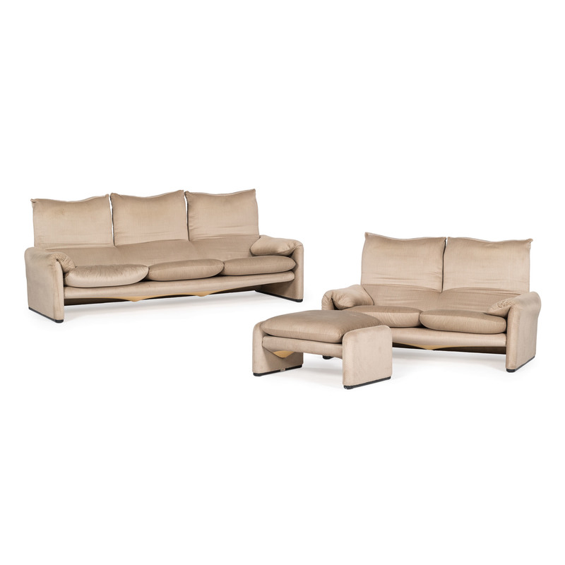 Vico Magistretti for Cassina, Maralunga Sofa, Loveseat and Ottoman