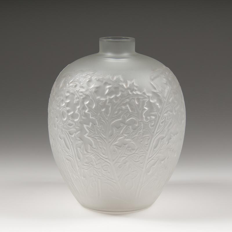Acanthes Vase after Lalique