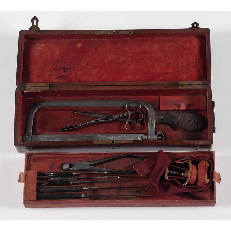 Maison Charrière, Collin & Cie Surgical Kit