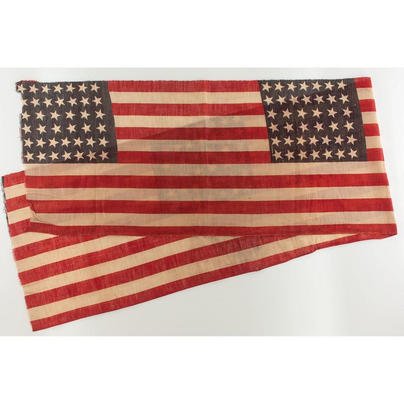 Uncut Bolt of Three 40-Star US Parade Flags