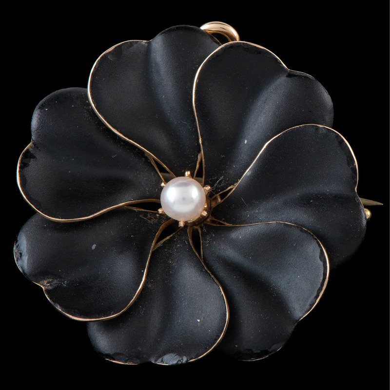 14k Gold Enamel Flower Brooch