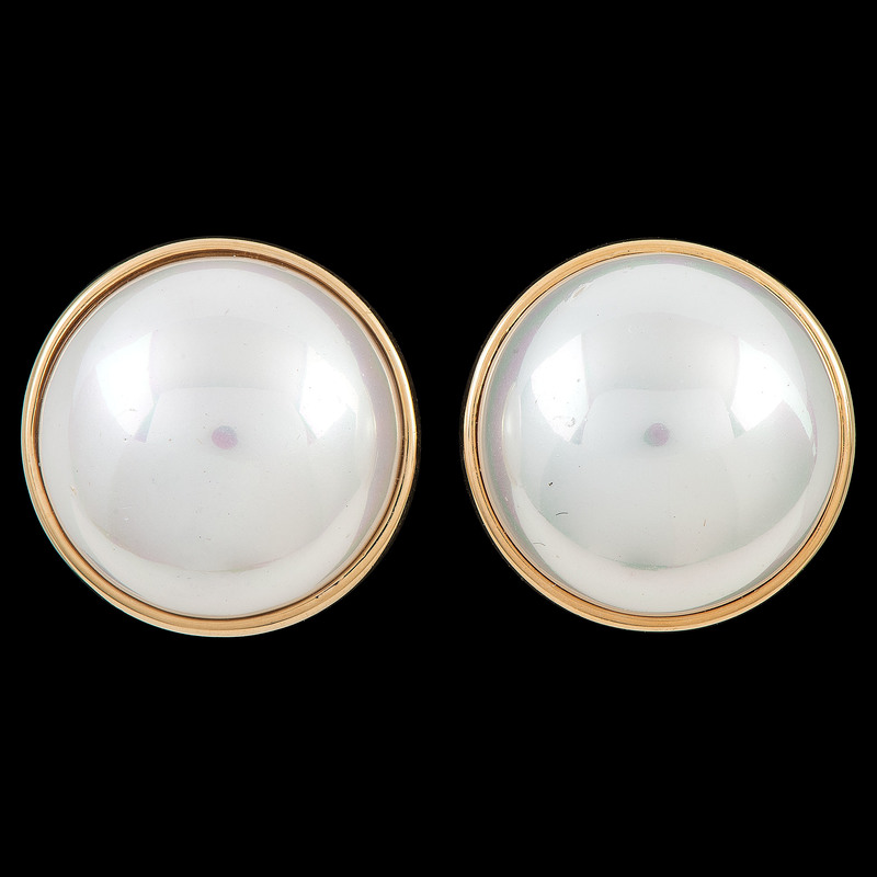 14k Gold Mabe Pearl Earrings