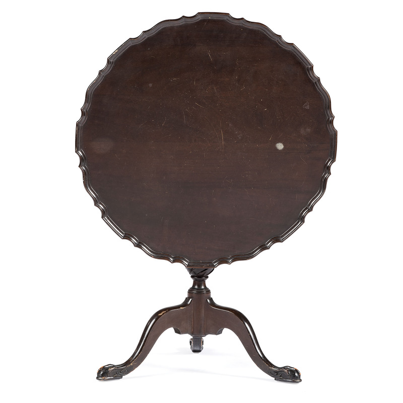 A Chippendale Style Walnut Tilt Top Pie Crust Table