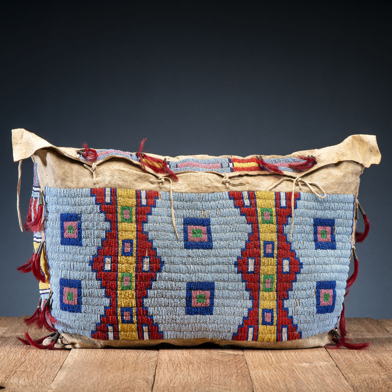 Sioux Beaded Possible Bag, From the Collection of Robert Jerich, Illinois