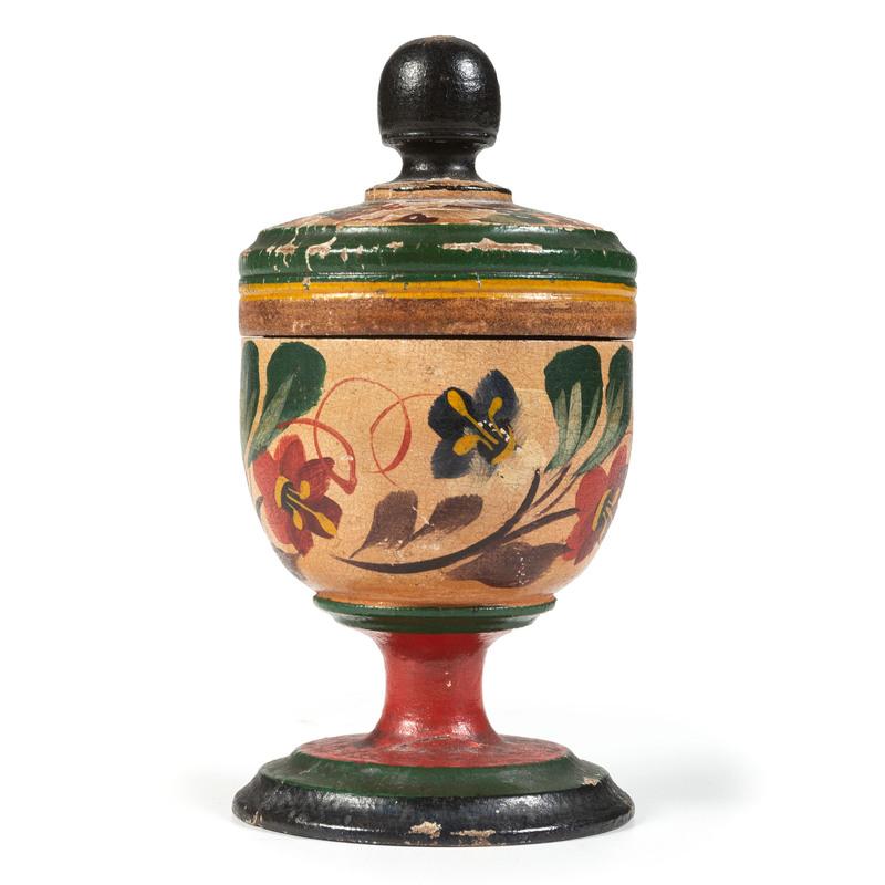 A Lehnware Saffron Cup