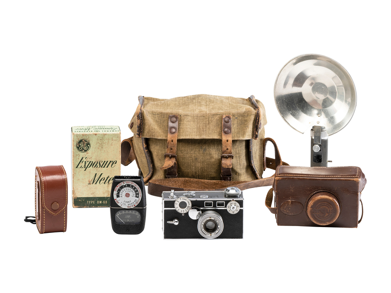 WWII Argus Camera Set with History, Undeveloped Rolls of Film, 100+ Photos