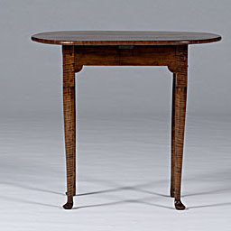 New England Queen Anne Tea Table
