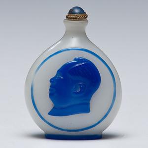 Mao Zedong Peking Glass Snuff Bottle