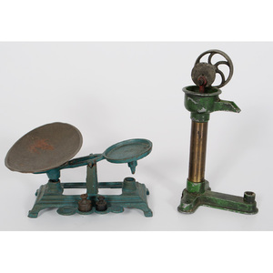 Cast Iron Miniature Well Pump and Scale
