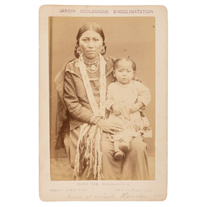 Mnigh-di-Tai, Wife of Yellow Smoke with Daughter, Omaha, Albumen Photograph by Pierre Petit