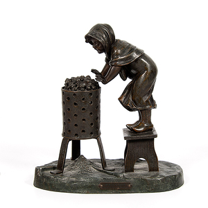 French Spelter Figural Lamp