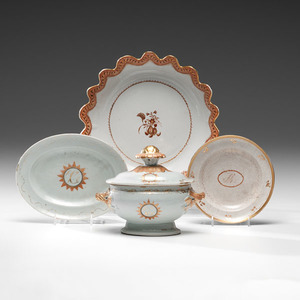 Chinese Export Porcelain Sauce Tureen, Bowl and Plates with Peach Decoration