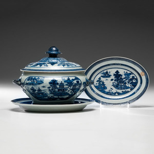 Chinese Export Blue & White Nanking Tureen and Undertrays