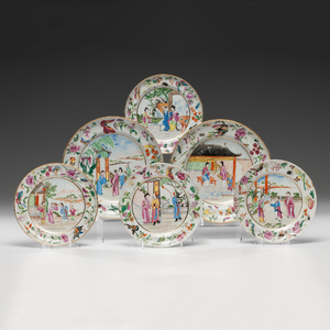 Chinese Export Famille Rose Figural Decorated Plates