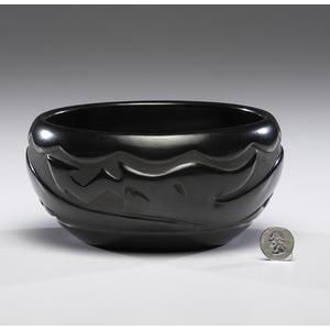 Mary Singer (Santa Clara, b. 1936) Carved Blackware Pottery Bowl with Award
