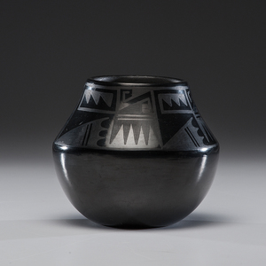 Rose Gonzales (San Ildefonso, 1900-1989) Pottery Jar