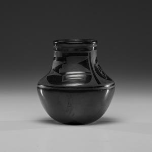 Juanita Pena (San Ildefonso, 1900-1987) Pottery Jar