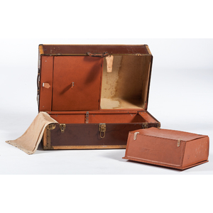 Dale Fifth Ave Travel Trunk