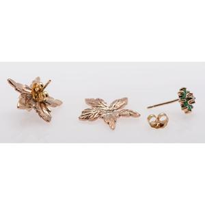 Karat Gold Diamond and Emerald Earrings and Brooch/Pendant
