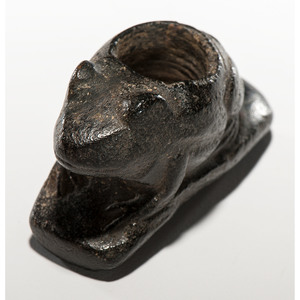 A Hopewell Frog Effigy Monitor Pipe, 1-3/4 in.
