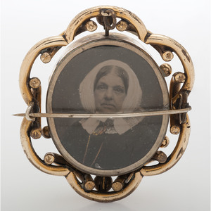 Victorian Mourning Swivel Brooch