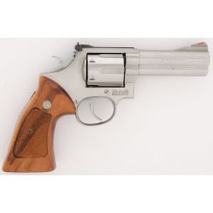 * Smith and Wesson Model 686-1 Revolver