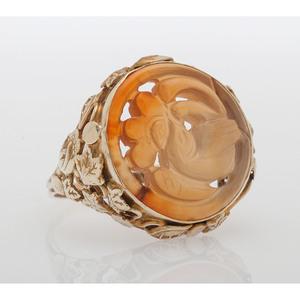 14 Karat Yellow Gold Red Agate Ring