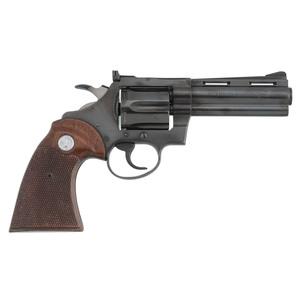 * Colt Diamondback Revolver in Box