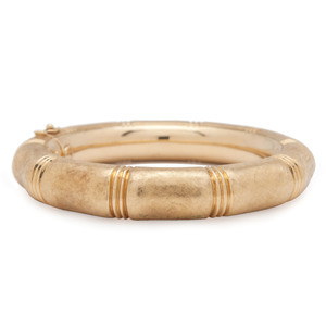 Bamboo Style 18 Karat Yellow Gold Hinged Bangle Bracelet