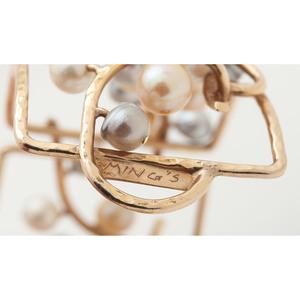 Ming's 14 Karat Yellow Gold Bangle Bracelet
