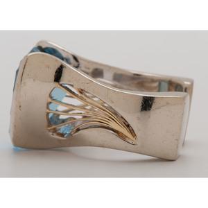 14 Karat White Gold Blue Topaz Ring