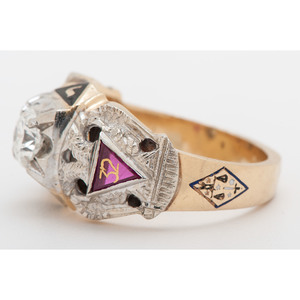 Masonic Ring in 14 Karat Two-Tone Gold