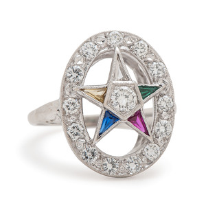 Eastern Star Ring in 14 Karat White Gold