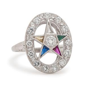Eastern Star Ring in 14 Karat White Gold