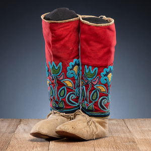 Nez Perce Hide and Beaded Wool Hightop Moccasins